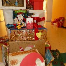 Navidad 2018 Decoramos el cole con cajas